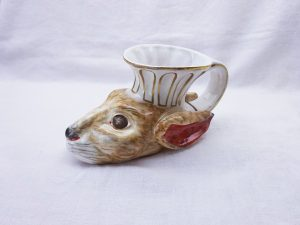 Georgian Staffordshire stirrup cup in the shape of a hare's head, rare hand painted pottery stirrup cup, 18th to early 19th century pottery